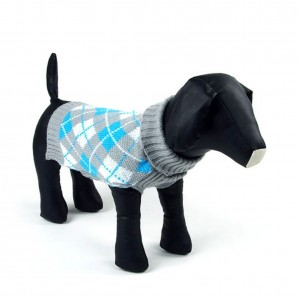 7. Weixinbuy Plaid Dog Sweater
